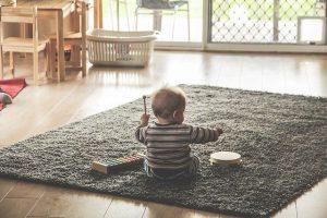 Pädagogische wertvolles Spielzeug muss nicht teuer sein